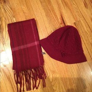 ✨Ann Taylor cashmere Hat & Scarf 🧣 ✨